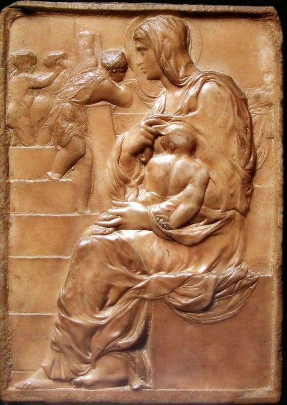 Description of the painting by the bas relief by Michelangelo Buanarroti Madonna at the stairs
