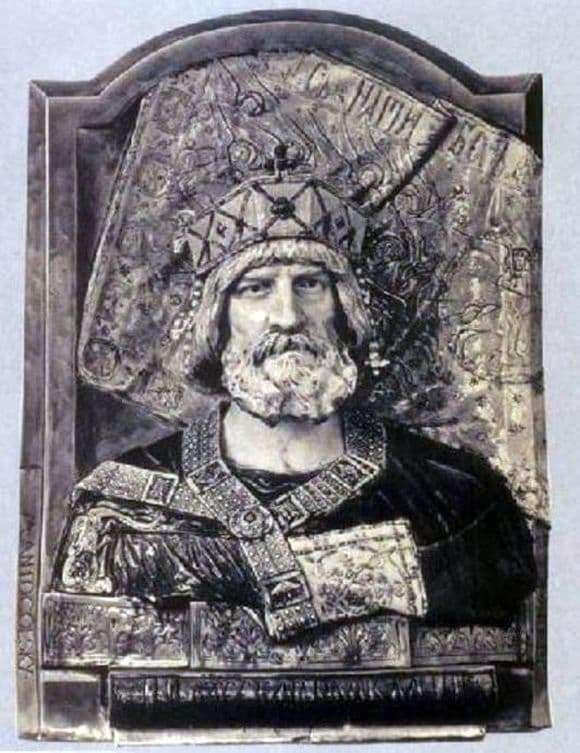 Description of the bas relief of Mark Antokolsky Yaroslav the Wise