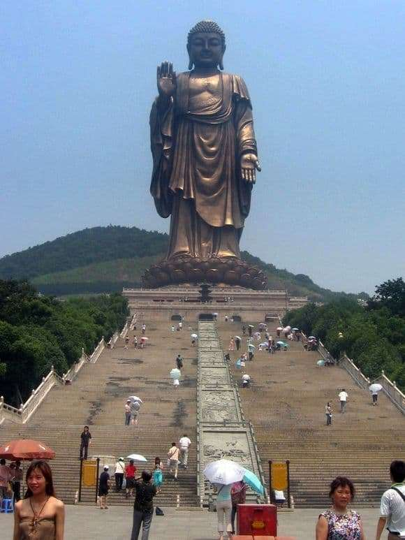 Description of the statue of Buddha in Wuxi